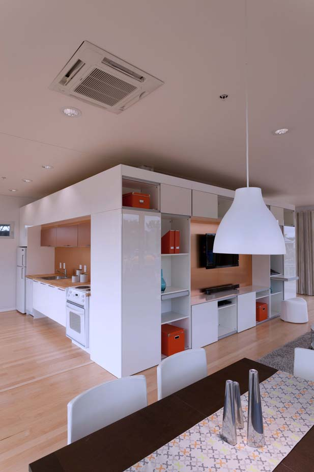 white interior design perform%5bd%5dance house